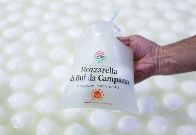 Mozarella di bufala, comida tradicional italiana